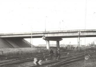 Пешеходный мост через ж.д. пути парка базы химгрузов в г. Вентспилс