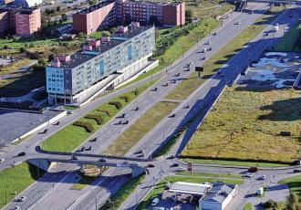 Автодорожный путепровод между III и IIIa микрорайонами в жилом районе Ласнамяэ Таллинна