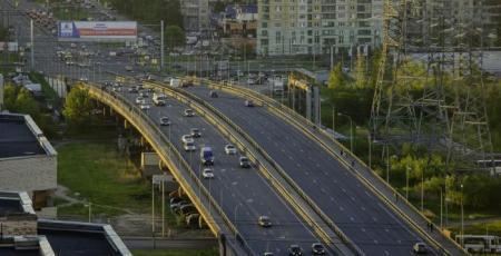 Транспортная развязка на пересечении Российского проспекта с железнодорожными путями Ладожская — Заневский Пост