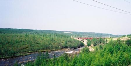 Мост-виадук через реку Икабьекан
