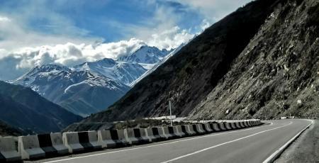 Кавказская перевальная автодорога