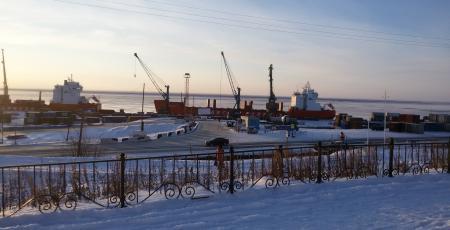Локомотивное депо на станции Дудинка