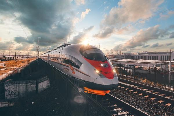 Report on the high speed railway project Moscow - St  Petersburg