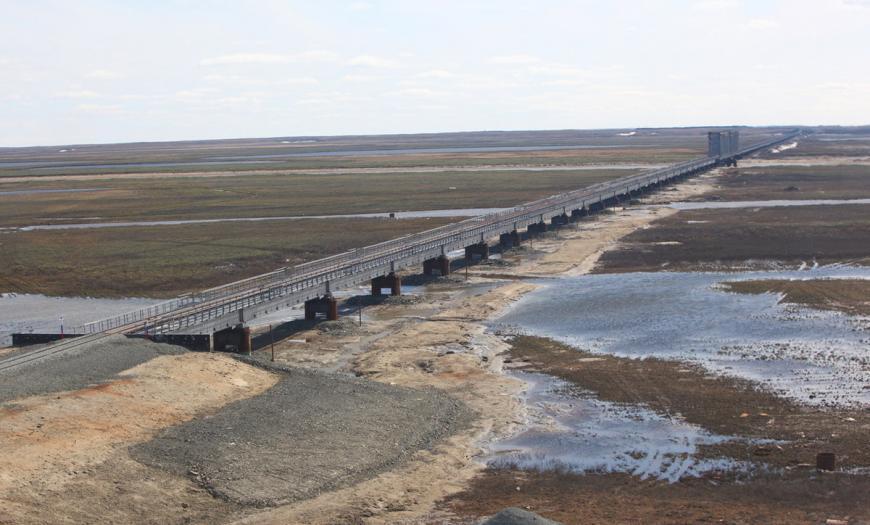 Железнодорожная эстакада через р. Юрибей